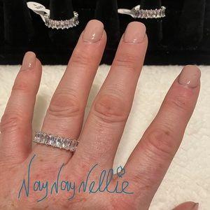 Beautiful Baguette Ring - so shiny!!!